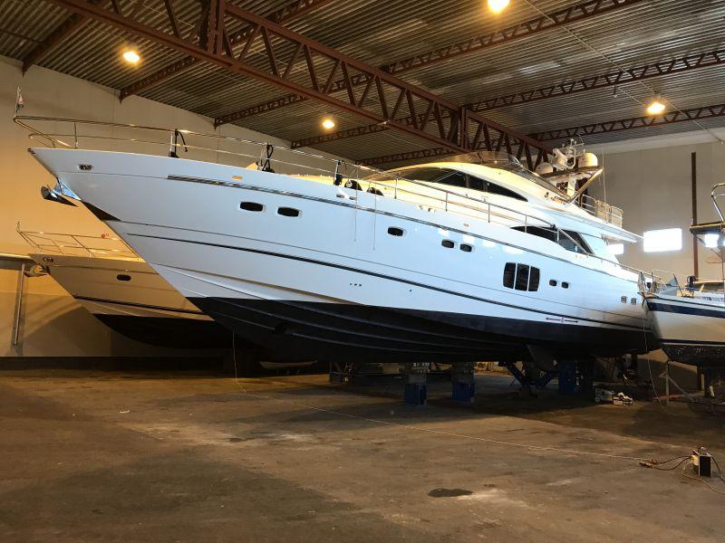 Till Salu Hellman Yachts Sunseeker Amp Sea Ray I Sverige